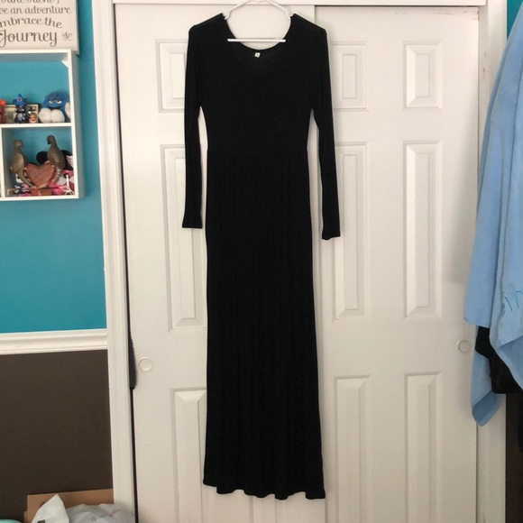 Grecerelle Dresses & Skirts - Long Sleeve Maxi Dress